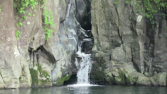 屏風岩の滝(1)