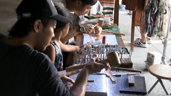オリジナル牛革キーホルダー製作体験
