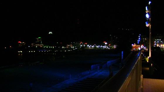 熱海サンビーチのライトアップ(浜辺)2