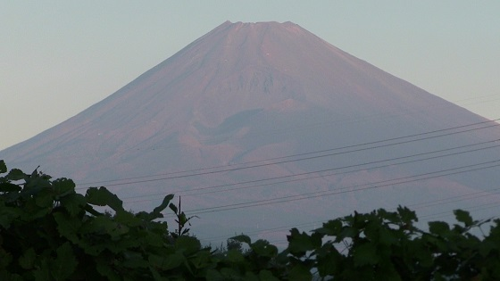 雪化粧前の富士山ズーム版