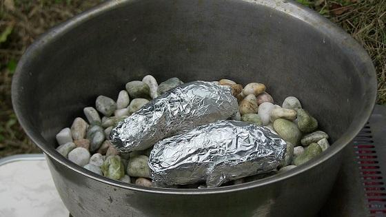 石焼き芋作り