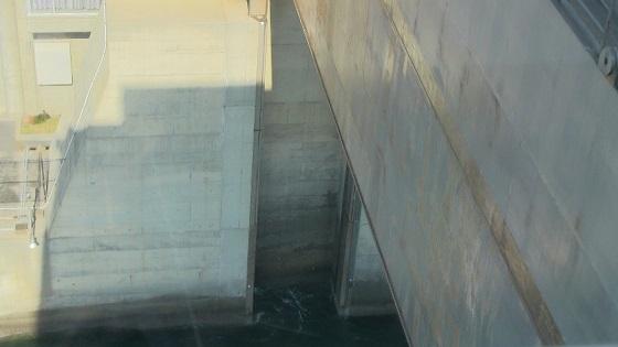 水門の扉体(3)降下部分
