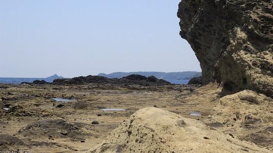 島周辺の磯(2)
