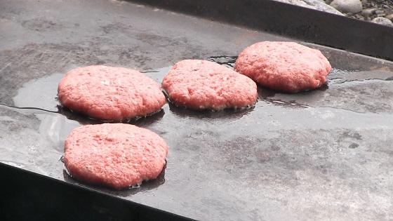 鉄板×生肉