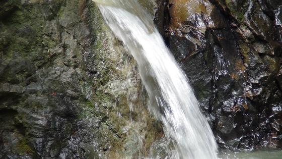 海老名の滝4