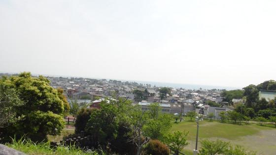 高台から見える街&海